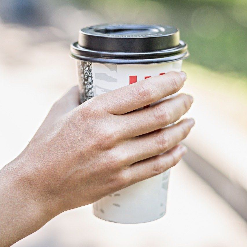 disposable takeaway coffee cup